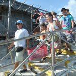 A liberar tortuguitas marinas.Centro de Rescate de Tortugas Marinas,Cayo Largo.©Octavio Avila López
